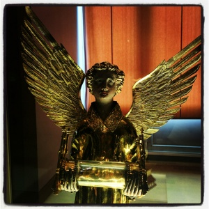 Ange-reliquaire